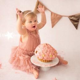 Cake Smash fotoshoot Roosendaal Breda Bergen op Zoom