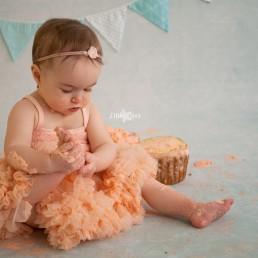 Cake Smash fotoshoot meisje Roosendaal