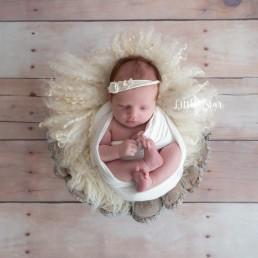 Fotograaf Roosendaal newborn shoot baby fotoshoot