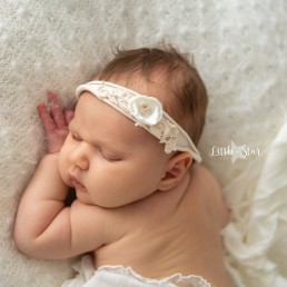 Fotograaf Roosendaal newborn shoot Josefien