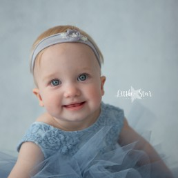 Fotograaf Roosendaal babyshoot Saar