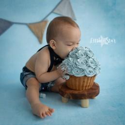 Cake Smash fotoshoot jongen Brabant